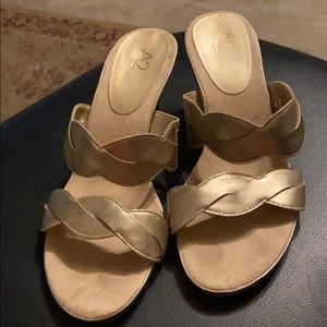 A2 by Aerosoles Power of Love sandal size 7&1/2